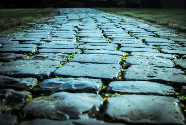 cobblestones-1085753_1920